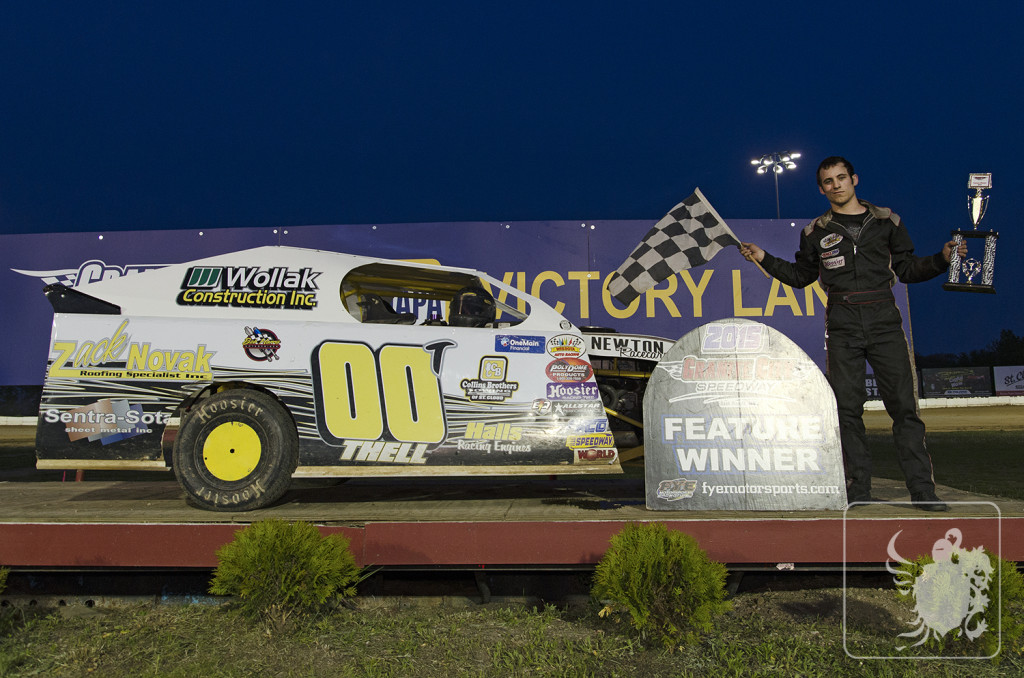 Keith Thell Wins Mod Four Feature