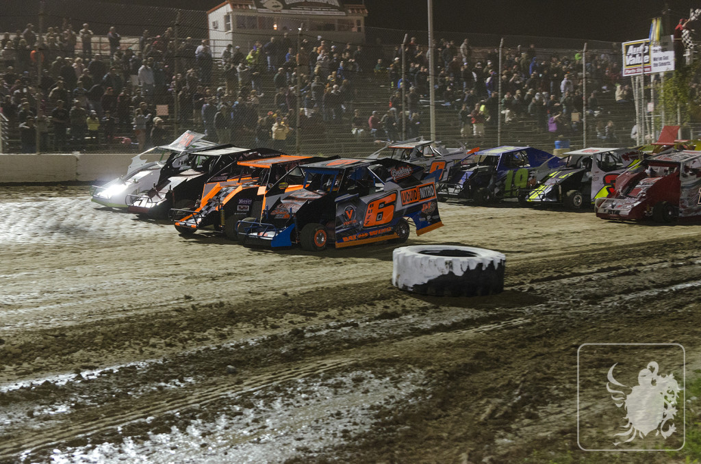 Four wide salute to the fans